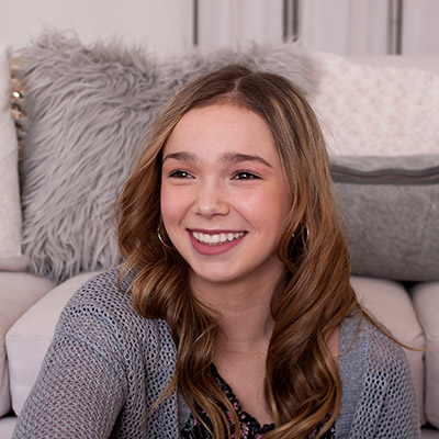 Jaylyn, a patient in Grants Pass, OR with clear self-ligating braces from Robinson Orthodontics